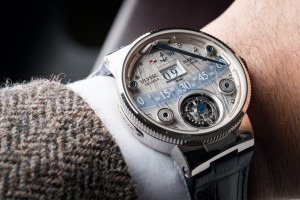 Ulysse-Nardin-Grand-Deck-Marine-Tourbillon-replica3