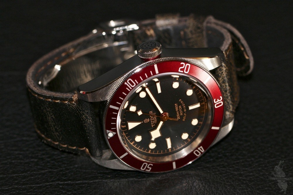 Reviewing Tudor Black Bay Heritage Replica Watch