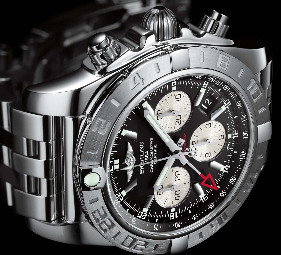 Attracting Attention of Others with Wearing a Breitling Chronomat Replica Watches