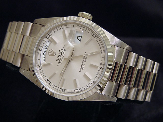 Replica DayDate Rolex, a class timepiece full of elegance and function